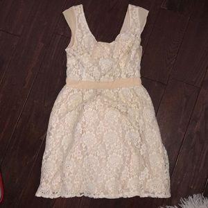 Ivory lace open back American Eagle dress